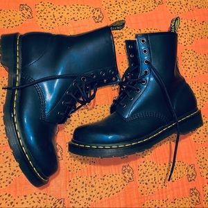 Doc Marten | Navy Air Wave Boots